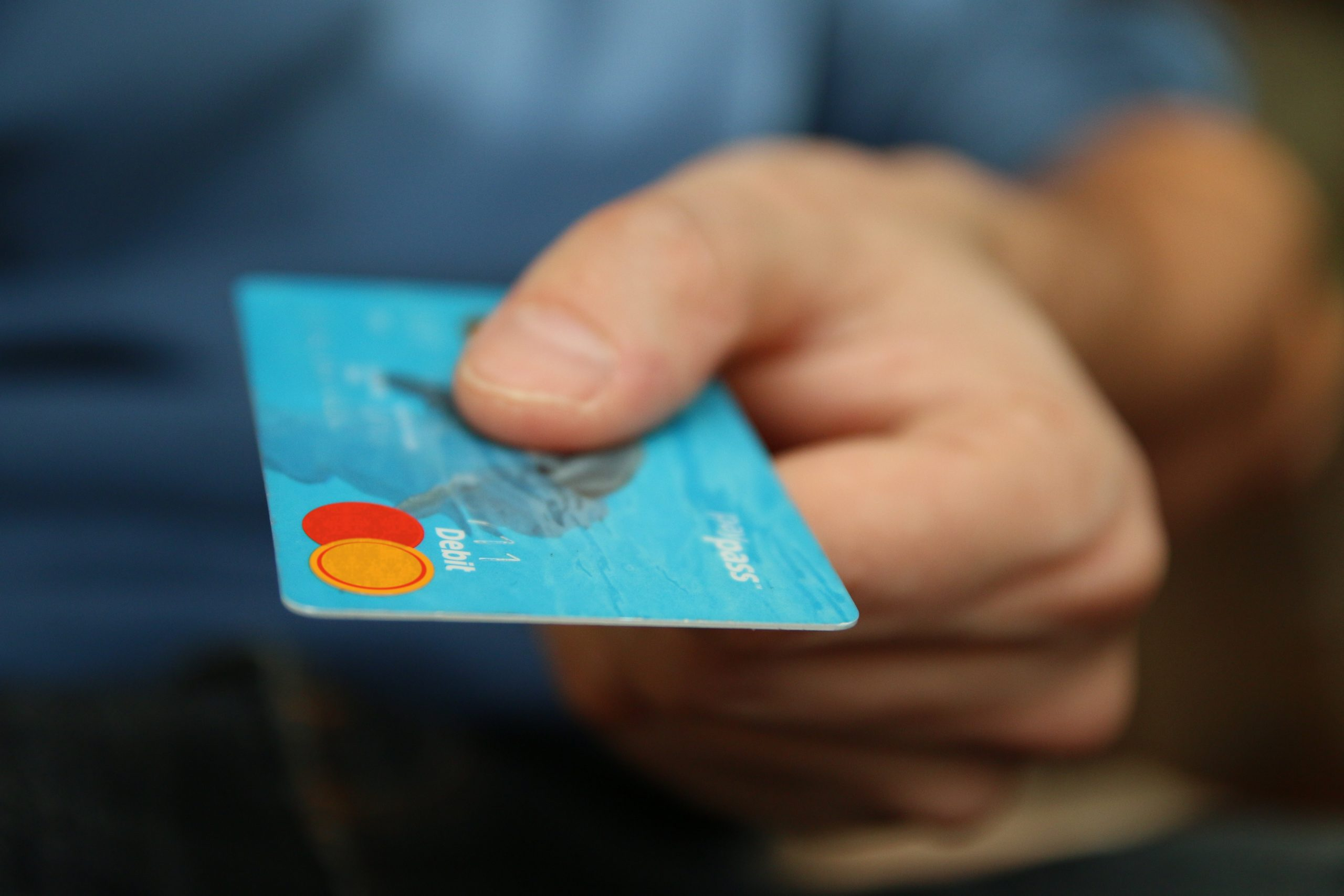 Man holds a credit card